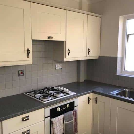 quality kitchen tiling company in London