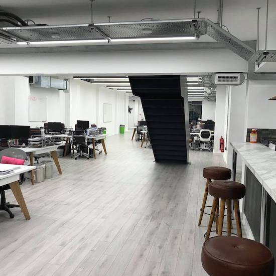 commercial painting and decorating in office in london