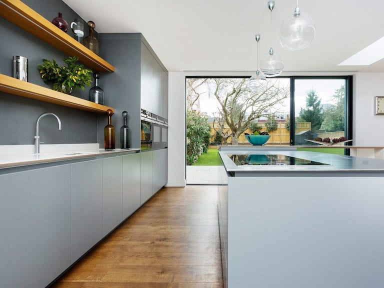 domestic painters and decorators in wimbledon