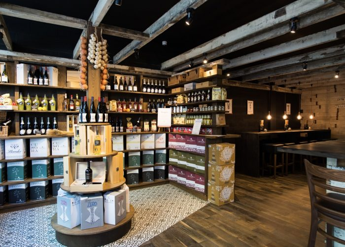 Commercial Decorating - Veeno Wine Bar